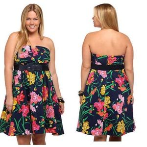 Torrid Floral Strapless Belted Dress Sz 12
